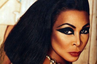 egyptian-fashion-makeup.jpg