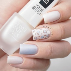 isadora-velvet-white