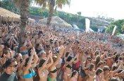 paros-party-on-the-beach