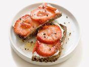strawberry sandwich