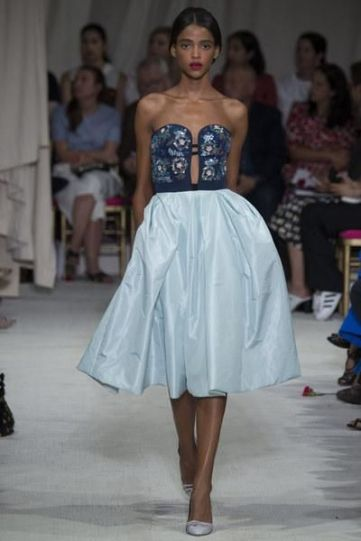 Oscar de la Renta Spring 2016 Ready-to-Wear collection.