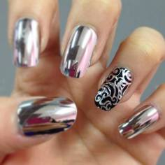 latest-metallic-nail-designs